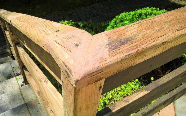 Balustrada drewniana - odnawianie